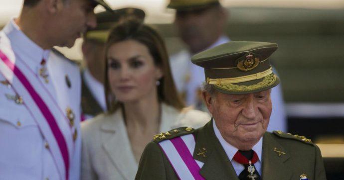 """Juan Carlos già scappato dalla Spagna. Iglesias: """"Atto indegno"""". E i sudditi su Twitter vogliono la Repubblica"""