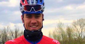 Stretto contro le transenne durante la volata al Giro di Polonia: il ciclista Jakobsen in coma