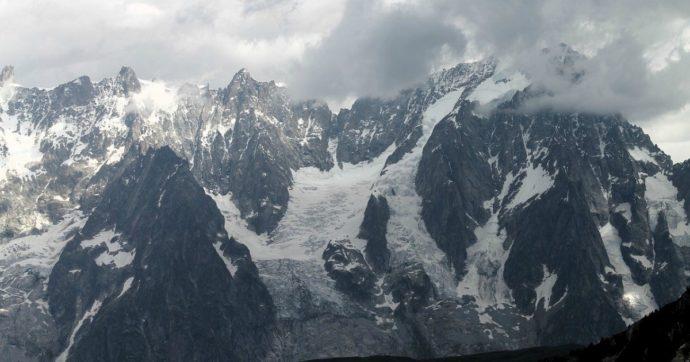 """Monte Bianco, l'Italia protesta con la Francia sulla cima contesa. La Farnesina: """"Evitare iniziative unilaterali"""""""