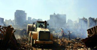 """Beirut, presidente Aoun: """"Non si può escludere l'aggressione esterna con un missile"""". Scontri nella notte tra manifestanti e polizia: 20 feriti"""