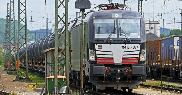 Il trasporto merci va rivisto: ci sono valide alternative ai Tir. Le ferrovie per esempio