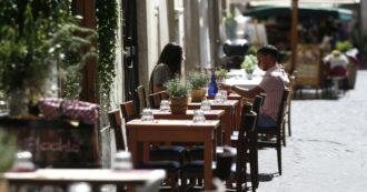 """Coronavirus, """"mangiare al ristorante raddoppia il rischio di contagio"""": i risultati dello studio americano"""