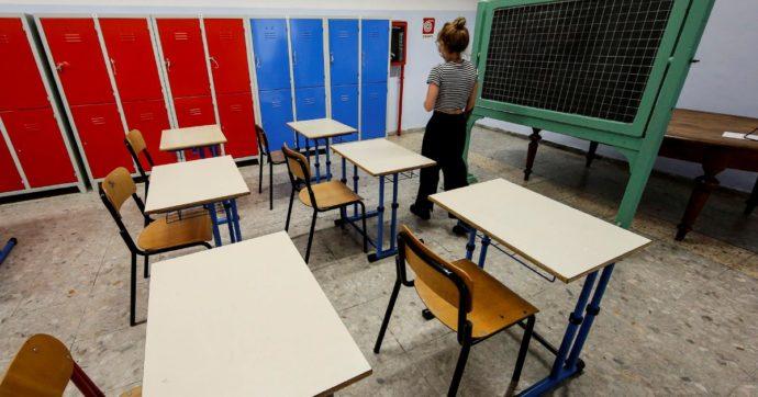 Riapertura scuole, vanno bene gli slogan e pure i banchi con le rotelle. Ma diteci come sarà