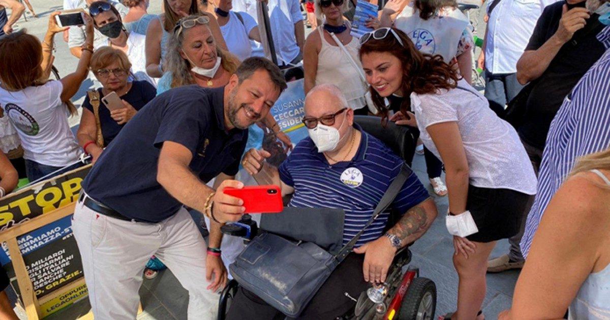 É ufficiale: l'aspirante premier Salvini spara due balle ogni tre cose che dice