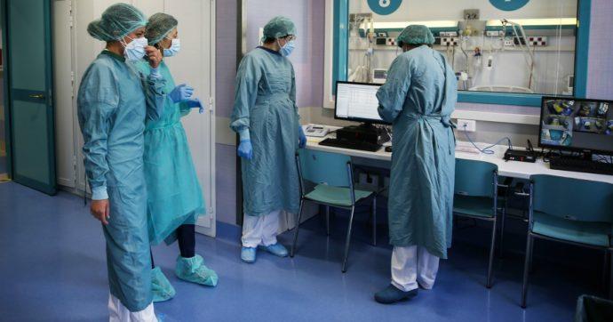 Covid, altri 1444 nuovi casi su oltre 99mila tamponi (nuovo record). Per il secondo giorno aumentano i ricoveri in terapia intensiva