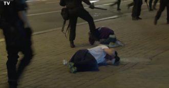 Seconda notte di proteste in Bielorussia, lancio di pietre e molotov a Minsk contro la polizia