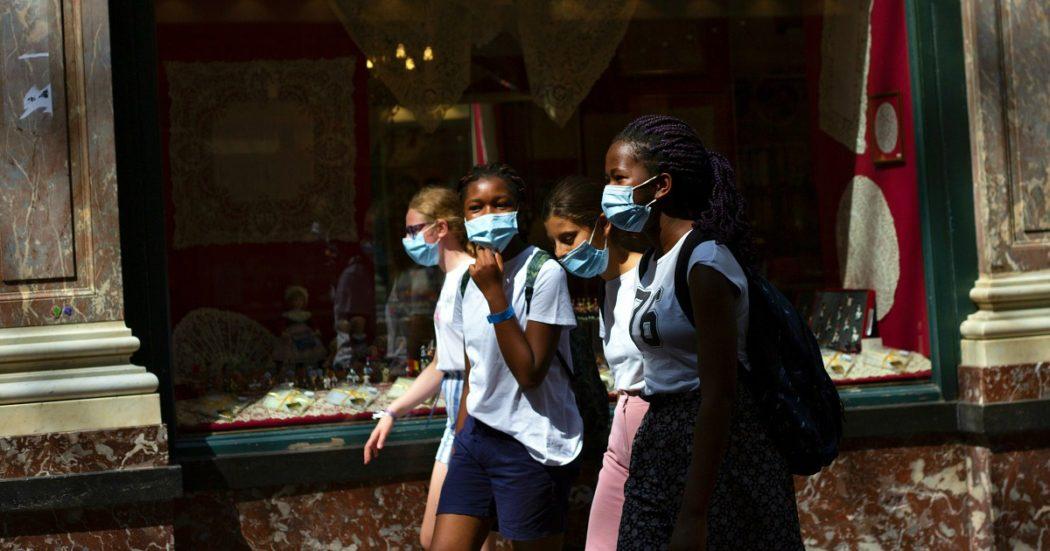 """Impennata di casi di Covid in Germania: 1.226 in un giorno. In Grecia contagi ai massimi da inizio pandemia. Record negativo per la Francia. Duterte (Filippine): """"Farò da cavia per il vaccino russo"""""""