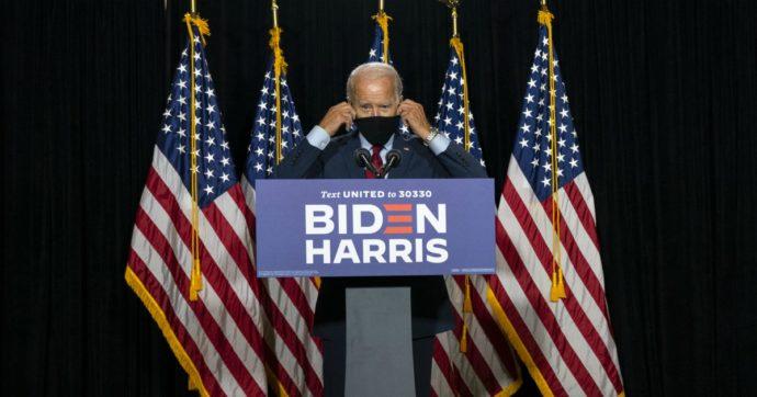 """Joe Biden: """"Ogni americano dovrebbe indossare la mascherina. Governatori, rendetela obbligatoria"""""""