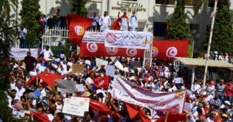 """Migranti, """"solo blocchi delle partenze e rimpatri, ma qui non abbiamo lavoro"""": le associazioni tunisine contro l'accordo con l'Italia"""