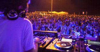 La Procura indaga sull'apertura estiva delle discoteche in Sardegna: l'accusa è di epidemia colposa