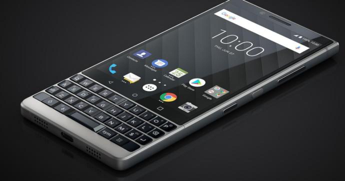 BlackBerry, l'araba fenice: nel 2021 il marchio tornerà con un nuovo smartphone 5G