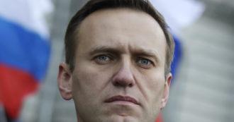"""Alexei Navalny avvelenato, anche l'Italia chiede un'indagine trasparente. Cremlino respinge le accuse: """"Vuoto rumore"""""""