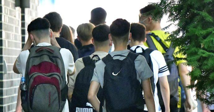 Germania, già richiuse oltre 100 scuole: 350 docenti e 6mila alunni messi in quarantena. Nel Paese superati i 2mila casi giornalieri