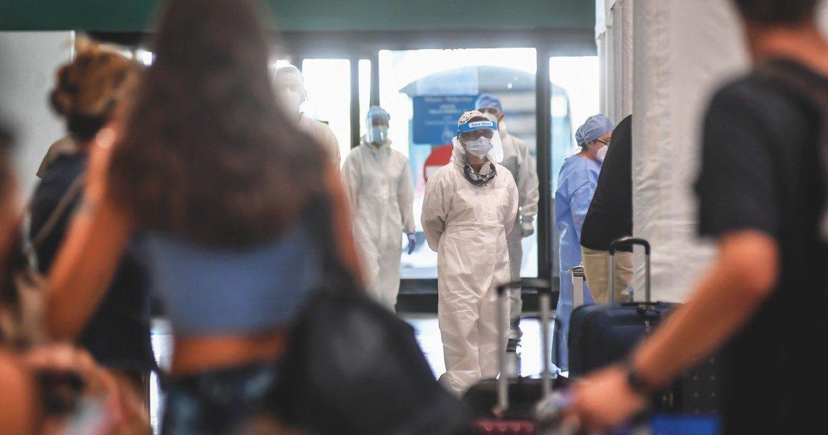 Il governo chiede a Crisanti un piano per i 300 mila test