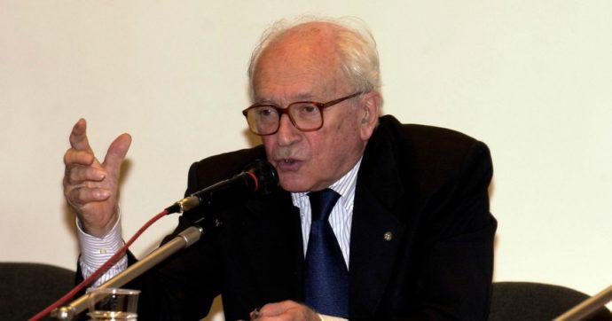 Arrigo Levi, è morto il famoso giornalista: fu direttore de La Stampa ma anche consigliere di due Presidenti