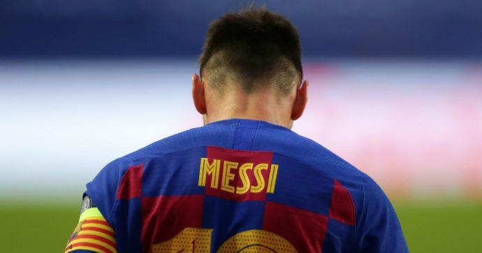 """Leo Messi chiede scusa al Barcellona: """"Ho commesso degli errori ma restiamo uniti e chiudiamo questa storia"""""""