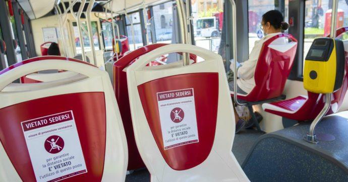 """Rientro a scuola, società di trasporto pubblico: """"Così servono 20mila bus in più nelle ore di punta"""". E suggeriscono di coinvolgere i privati"""