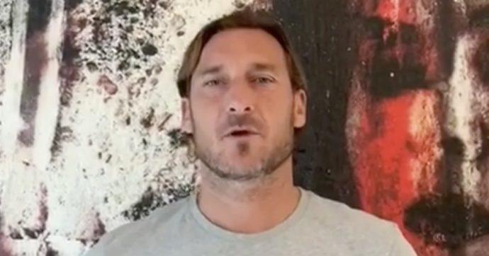 """Francesco Totti va a trovare Ilenia Matilli, la calciatrice della Lazio che si è svegliata dopo 9 mesi di coma: """"Sbrigati a guarì"""""""