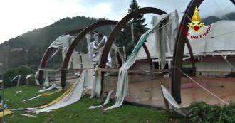 Maltempo nel Vicentino, danni per le grandinate e le raffiche di vento: tetti divelti e strade bloccate per il crollo di rami e piante