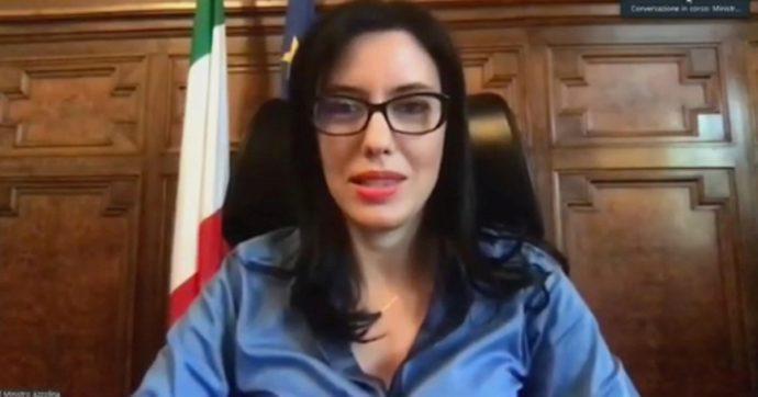 """Scuola, Azzolina assicura: """"Mai più lockdown"""". E su Salvini dice: """"Da lui quali proposte? Crea allarmismi alle famiglie"""""""