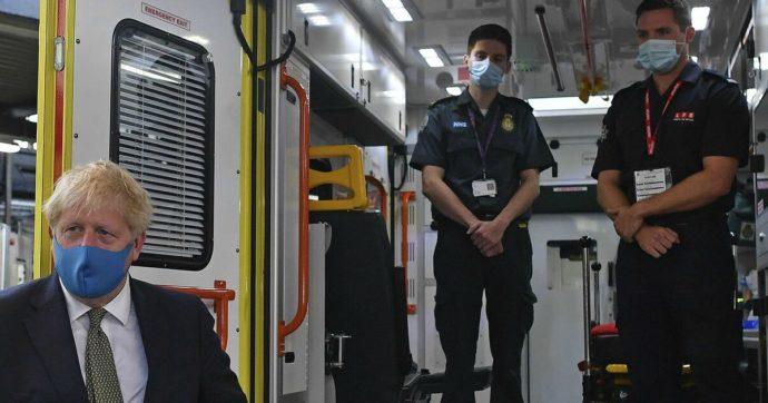 """Pioggia di contratti sulle società di consulenza: così il governo Uk ha chiesto """"aiuto"""" (pagando 109 milioni di sterline) per gestire la pandemia"""