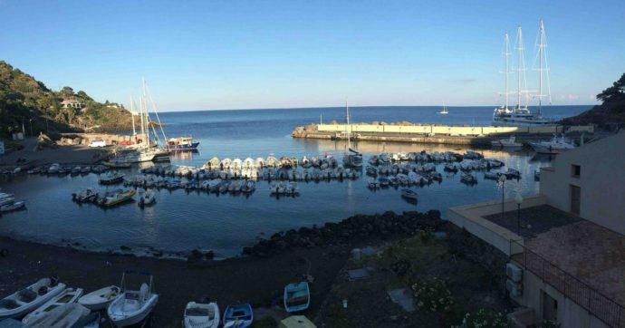 """Due terrapiattisti partono in pieno lockdown per """"vedere dove finisce il mondo"""": la meta era Lampedusa, ecco dove sono finiti"""