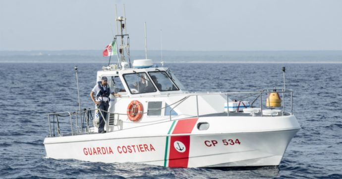 """Cadavere ragazza in mare a San Benedetto del Tronto. """"Forse di una ragazza straniera"""". Nessuna traccia di un ragazzo che era con lei"""