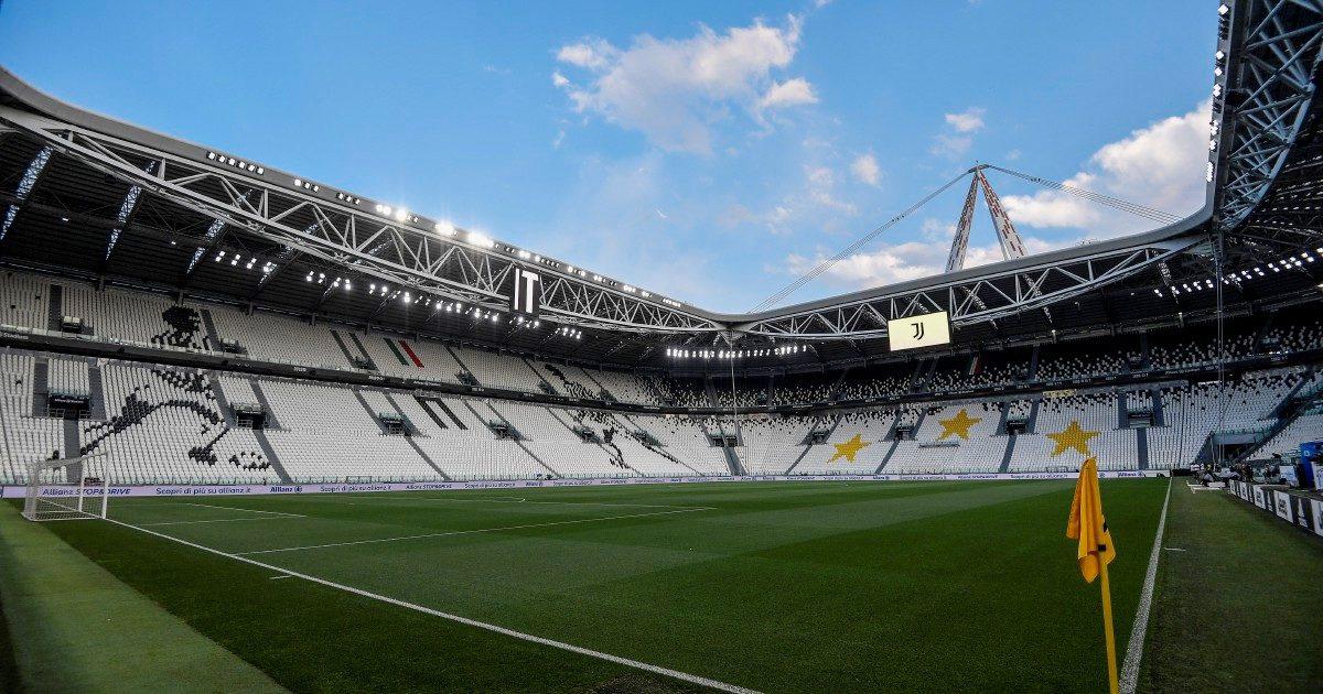 Serie A e Regioni all'attacco: pressing per riaprire gli stadi