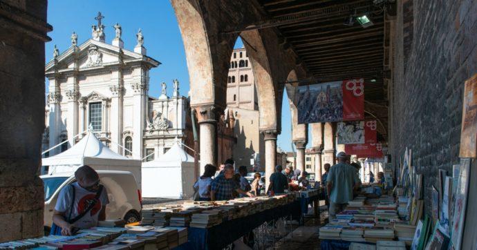 Web radio e incontri con il pubblico dal balcone: il nuovo Festivaletteratura di Mantova. Tra gli ospiti David Grossman, Paul Auster e Noam Chomsky