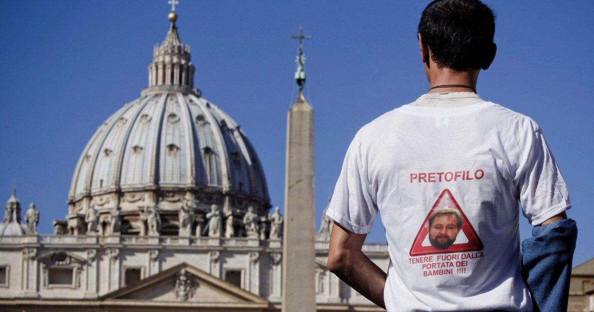 Padre Luca Bucci denunciato per molestie. È il fratello del sindaco della città di Genova