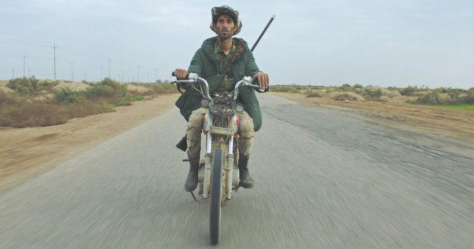 Mostra del cinema di Venezia 2020, due film presentano il (non) senso della guerra