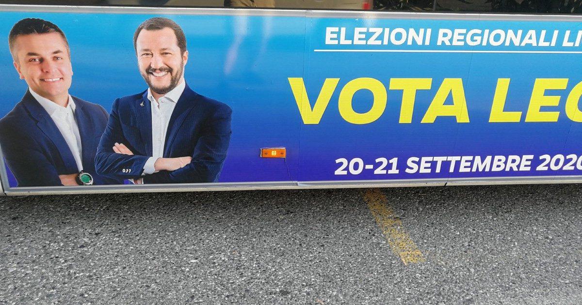 Salvini, l'abbraccio elettorale al senza nome. Si chiama Rixi (ma è meglio non scriverlo)