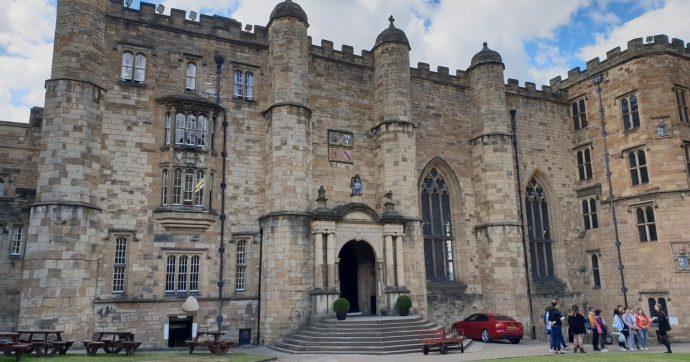 """Uk, il Durham College apre un'inchiesta su chat misogine e classiste dei suoi studenti. Il vicedirettore: """"Ripugnanti"""""""