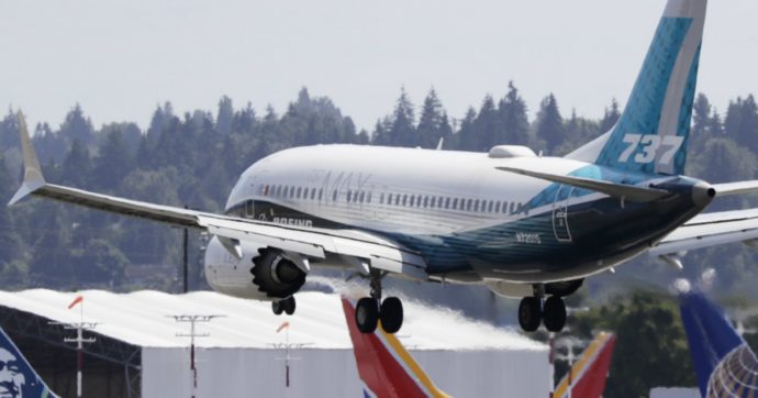 Congresso Usa: errori, inganni e mancati controlli dietro i due disastri del Boeing 737 max