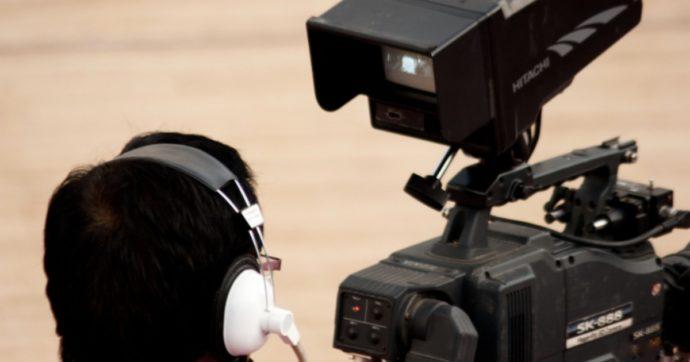 La tv travolta dal taglio di budget, compensi e pubblicità: ecco cosa sta accedendo (e quali saranno le conseguenze)