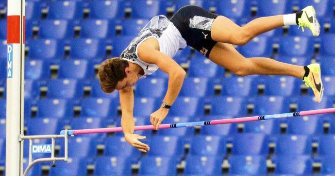 Golden Gala a Roma, mai nessuno così in alto: Duplantis firma il record del mondo del salto con l'asta, superato Bubka