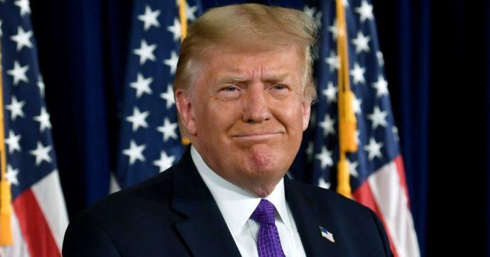 """""""Trump incassò 427 milioni grazie a 'The Apprentice'"""": l'inchiesta del Nyt sulle tasse del tycoon. E Biden pubblica la sua dichiarazione"""