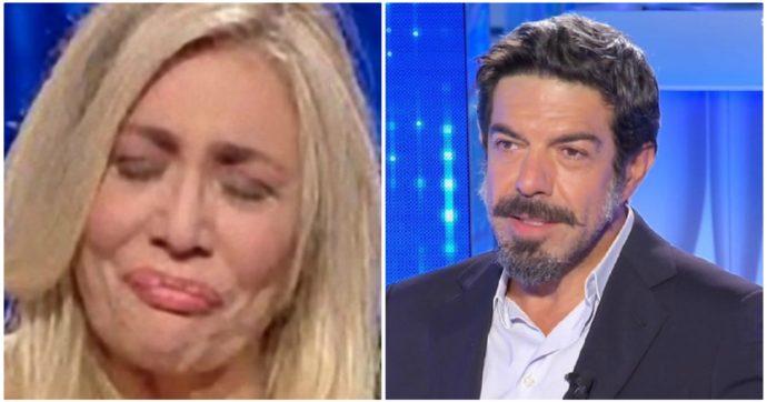 """Domenica In, Mara Venier senza freni con Pierfrancesco Favino: """"Io ti amo, ti aspetto da anni"""""""