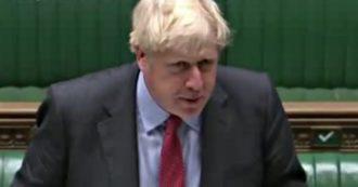 """Coronavirus, la teoria di Johnson: """"Le cose vanno meglio in Italia? In Gran Bretagna amiamo la libertà. Difficile far rispettare le linee guida"""