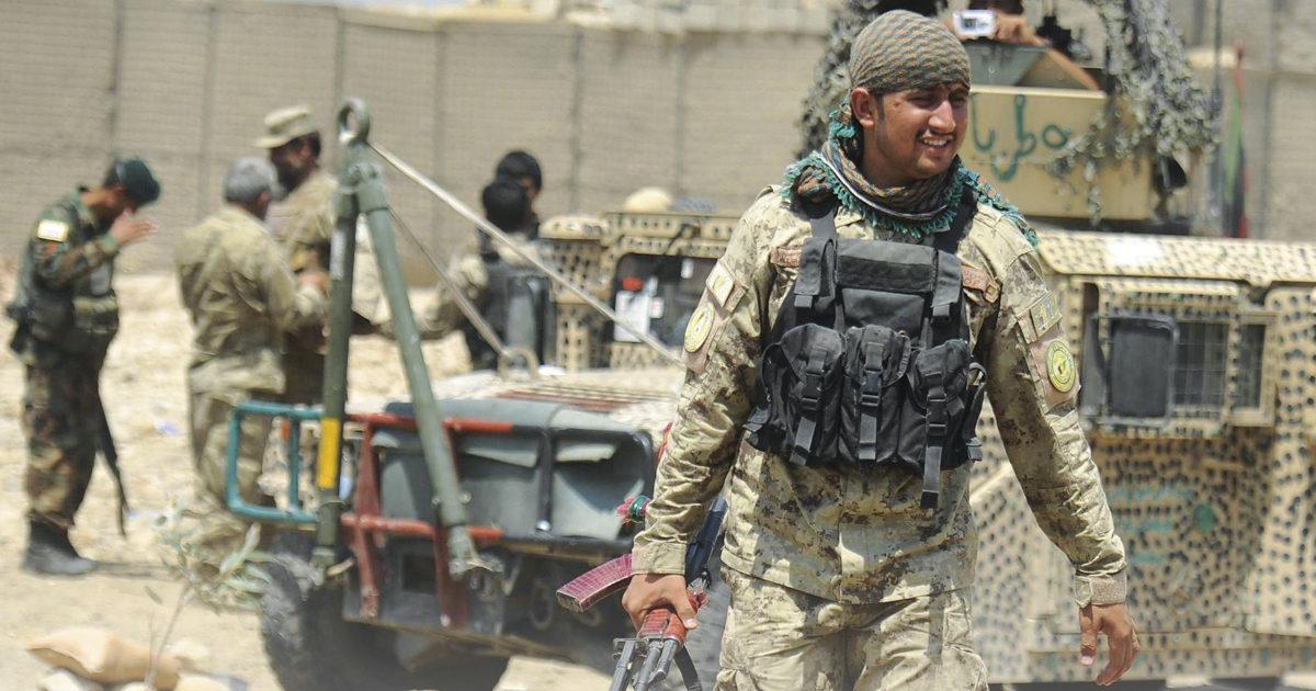 """""""Zero pace coi lupi solitari. Kabul, il diktat di Usa & C."""