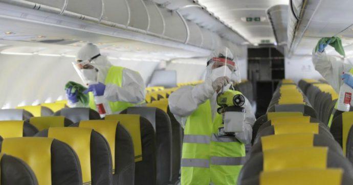 Traffico internazionale quasi azzerato dal Covid, maxi perdite e 400mila licenziamenti: compagnie aeree mondiali verso lo stallo