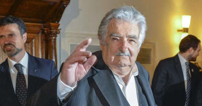 """L'ex presidente dell'Uruguay José Pepe Mujica lascia la politica: """"Non mi resta molto da vivere, devo gestire bene il mio tempo"""""""