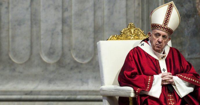 Papa Francesco censurato dal Vaticano sulle unioni civili. E le sue frasi rivoluzionarie tagliate ad hoc