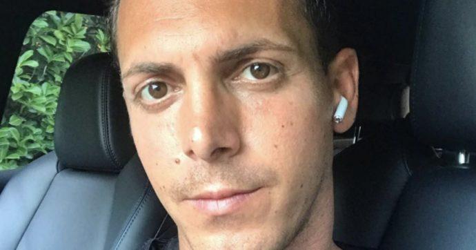 """Claudio D'Alessio, il figlio di Gigi in tribunale: l'ex colf lo accusa di averla ridotta """"in stato di semi schiavitù. Picchiata e cacciata di casa"""""""