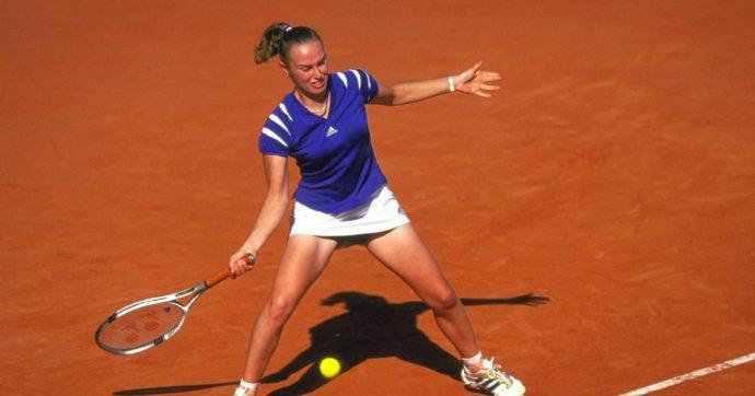 Martina Hingis, auguri alla più giovane regina di Wimbledon che sentì il peso della sua precocità