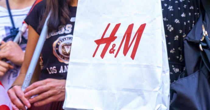 """""""H&M spiava i dipendenti, registrati dati anche sulle loro malattie"""": a Norimberga multa da 35 milioni di euro per il colosso dei vestiti"""