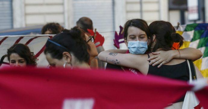 Muore Maradona e la giornata contro la violenza sulle donne è subito dimenticata