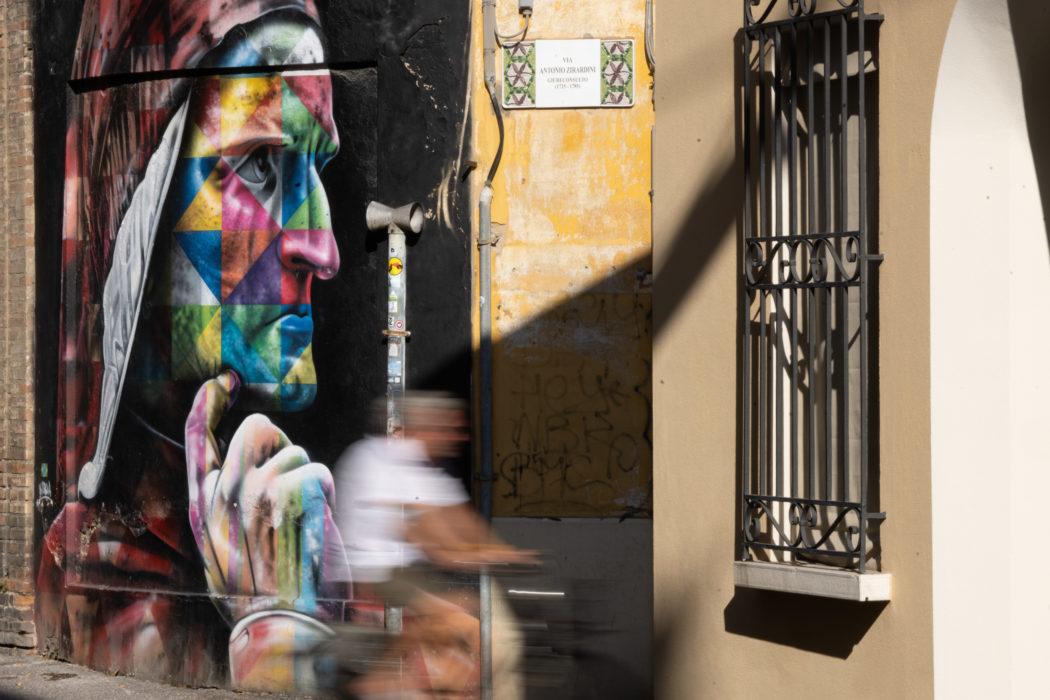 Ravenna, murales dell'artista brasiliano Kobra.