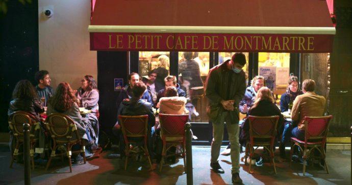 Coronavirus, Parigi è zona di massima allerta: dai ristoranti ai bar tutte le limitazioni in città. 'Frenare ora o gli ospedali saranno sopraffatti'