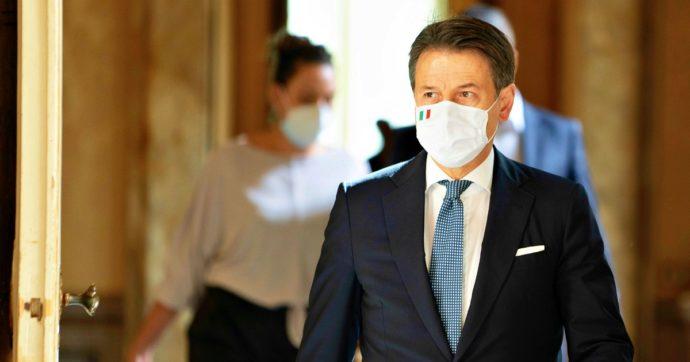 Il governo ha prorogato lo stato di emergenza al 31 gennaio: nel nuovo decreto l'obbligo di mascherina all'aperto e meno poteri a Regioni